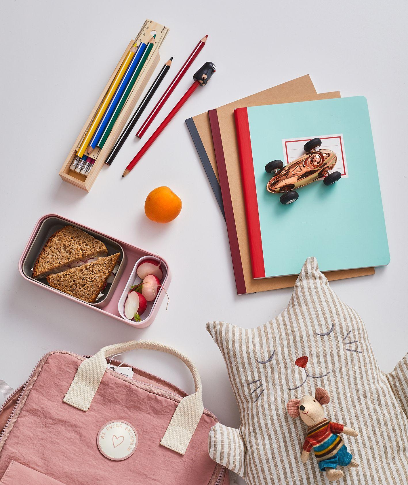 Do szkoły, na piknik czy na wyprawę, zestawy rzeczy potrzebych dziecku w każdej sytuacji (fot. Maciek Niemojewski)
