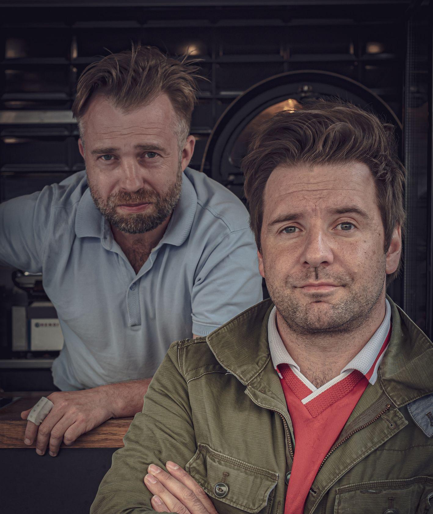 Maciek Nawrocki i Marcin Duda opowiadają o śledziu i swoim popularnym foodtrucku Śledzie z Bornholmu (fot. Konrad Wullert)