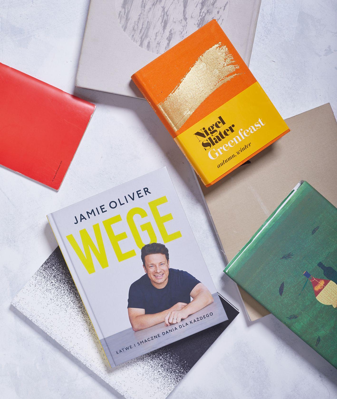Okładki najlepszych książek kucharskich 2019 roku (fot. Maciek Niemojewski)
