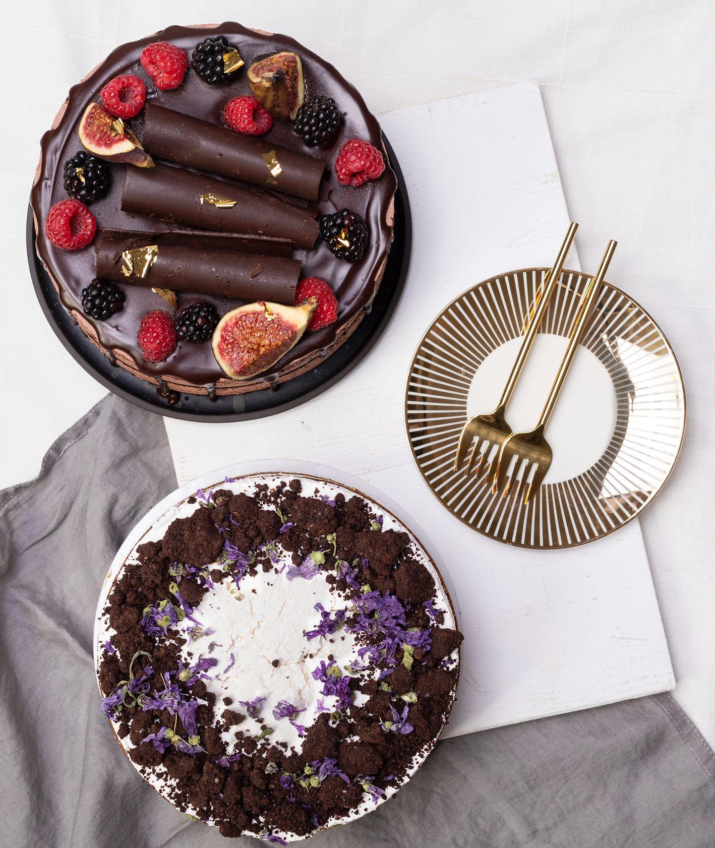 Wegańskie torty - wegańśki tor bananowny oraz wegański tort urodzinowy (fot. Paulina Czyżewska)