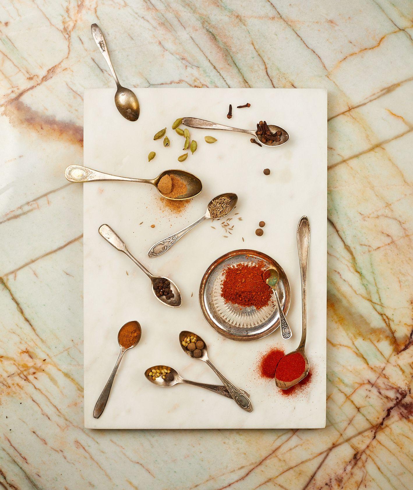 Przyprawy baharat, mieszanka przypraw, jak zrobić mieszankę przypraw, kuchnia izraelska (fot. Maciej Niemojewski)