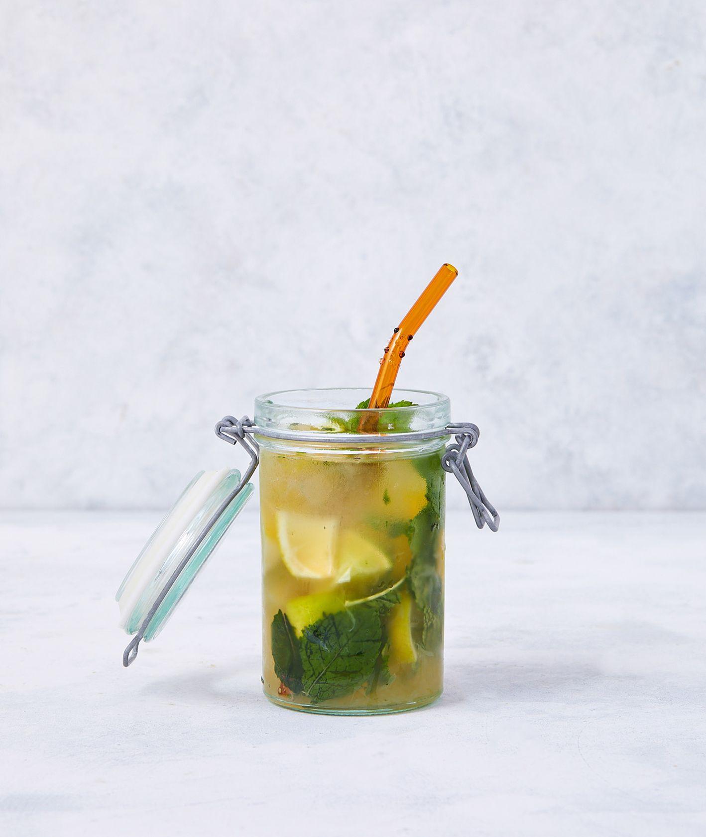 Lemoniada mojito (fot. Maciej Niemojewski)