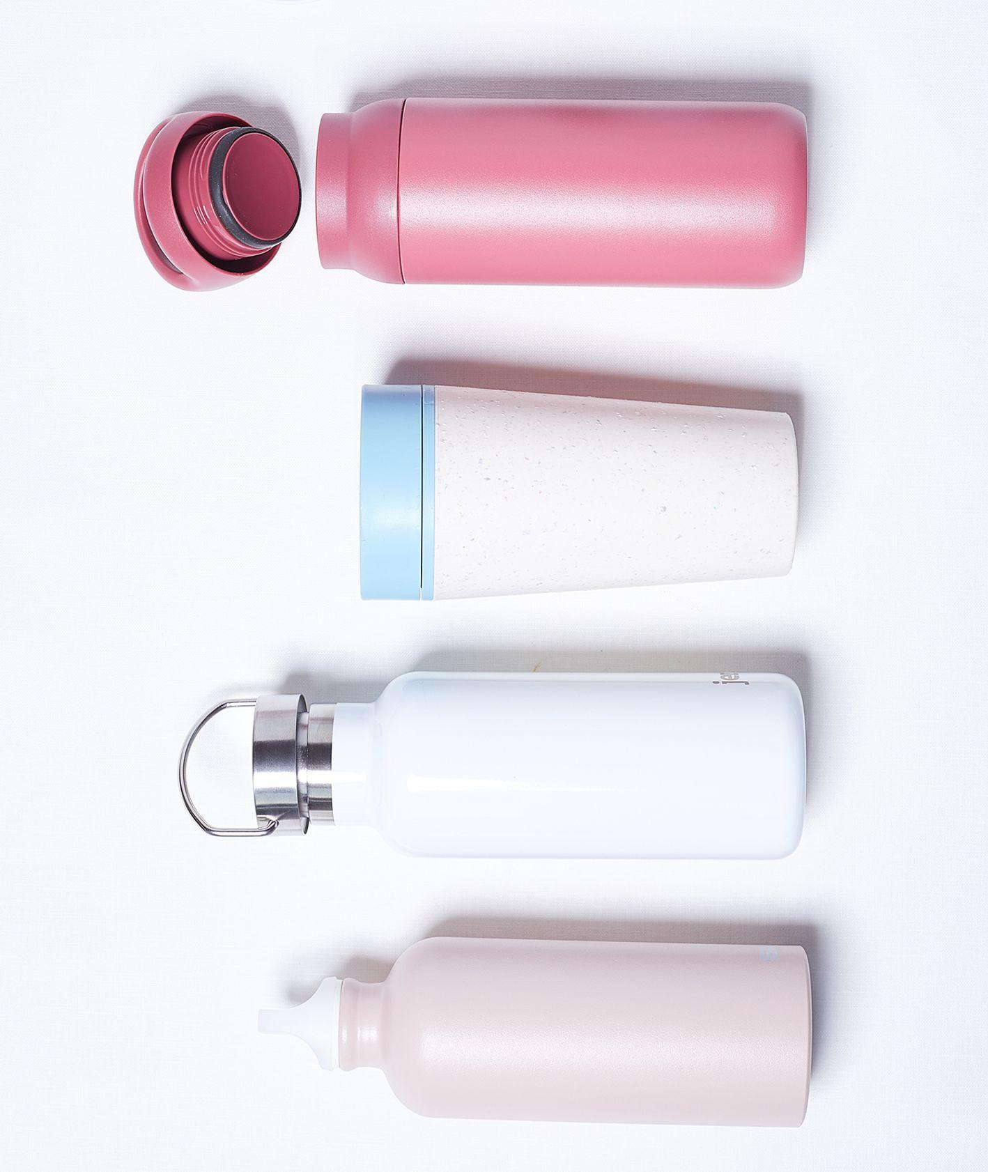 Różne rodzaje pojemników na napoje - zero waste (fot. Niemojewski)