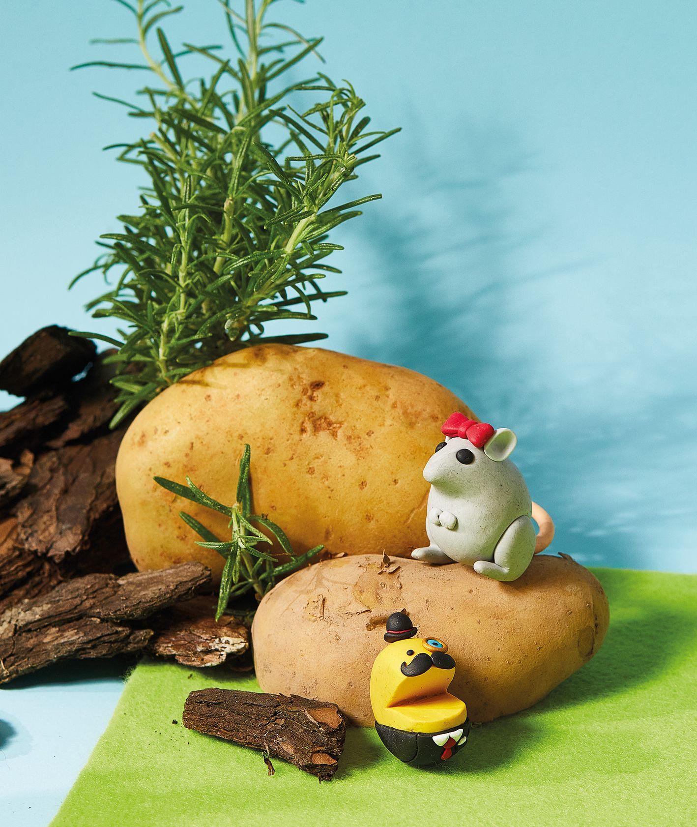 KUKBUK dzieciaki, pomysły na przepisy dla dzieci, figurki z modeliny, dzieci w kuchni (fot. Maciej Niemojewski, figurki z modeliny Janek Szwaj)