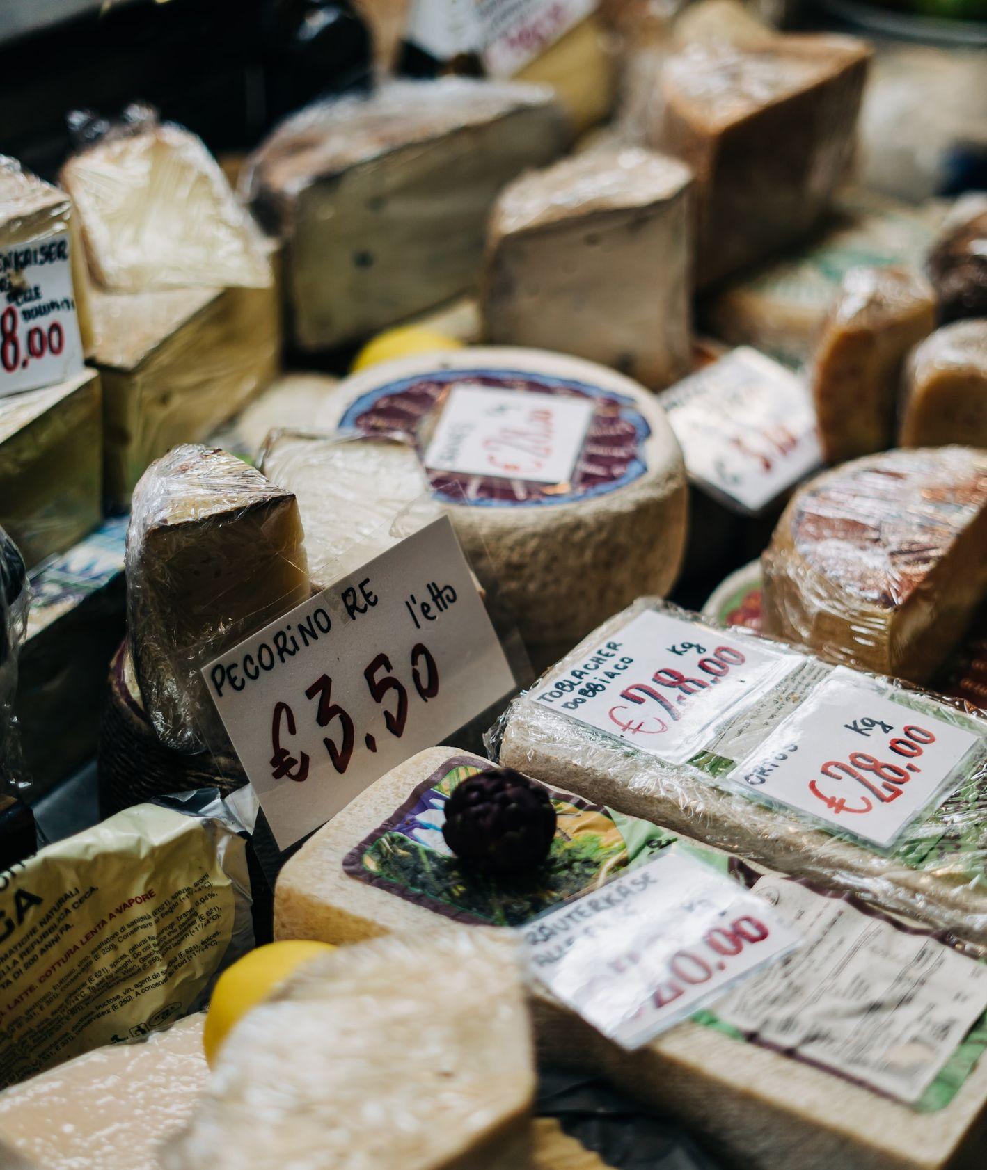 Sery – gdzie kupić oryginalne włoskie sery? (fot. unsplash)