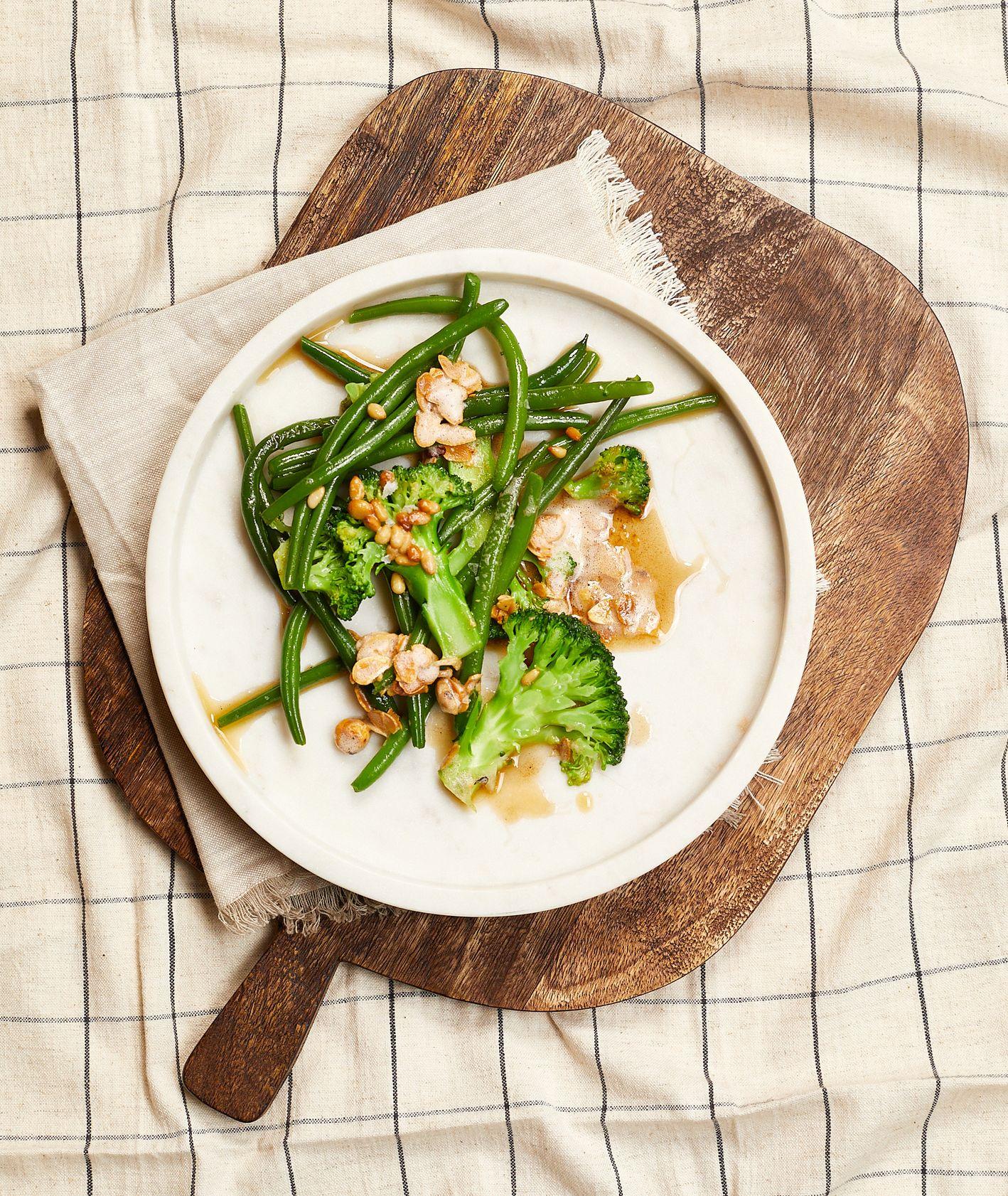 Przepis na danie z fasolką szparagową i brokułami. Najlepsze dania z fasolką szparagową (fot. Maciej Niemojewski)