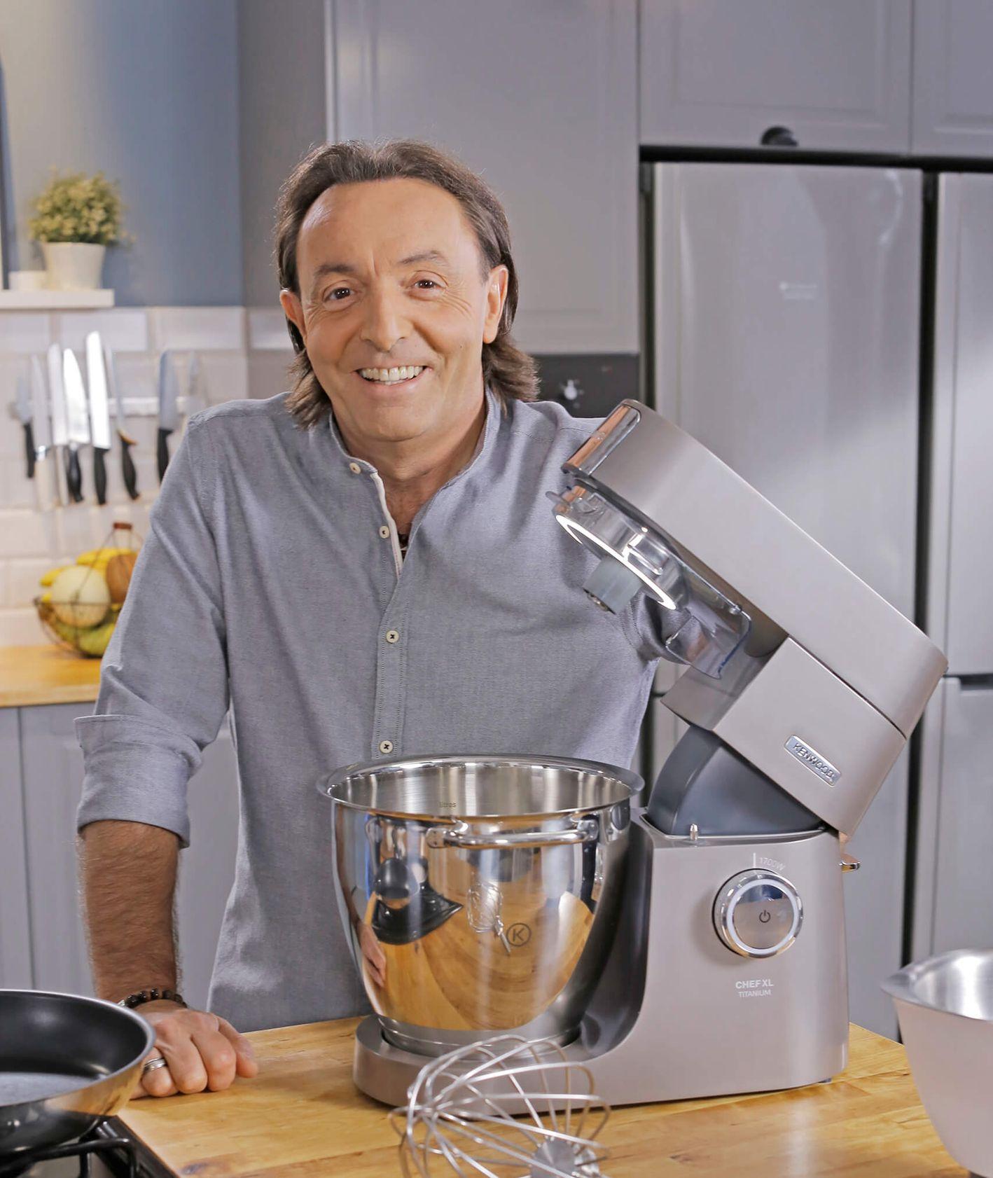 Michel Moran z robotem kuchennym marki Kenwood (fot. materiały prasowe)