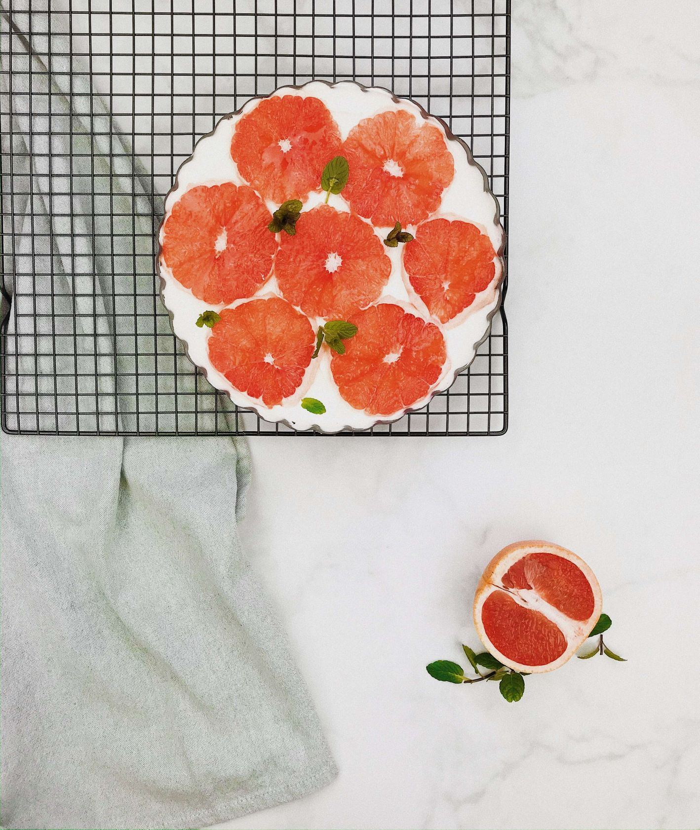Prosty deser z grejpfrutem (fot. Izabela Heftowicz / PassionOn)