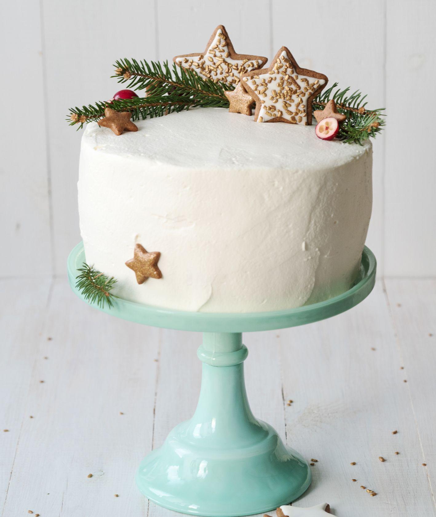 Świąteczny tort z gwizadkami z pierniczków. Wszystkiego Słodkiego (fot. materiały prasowe)