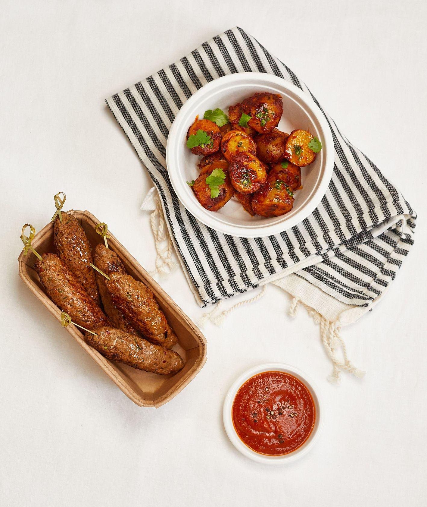 Przepis – kofty z patatas bravas, jak zrobić kofty, Targ Kręgliccy (fot. Maciek Niemojewski)
