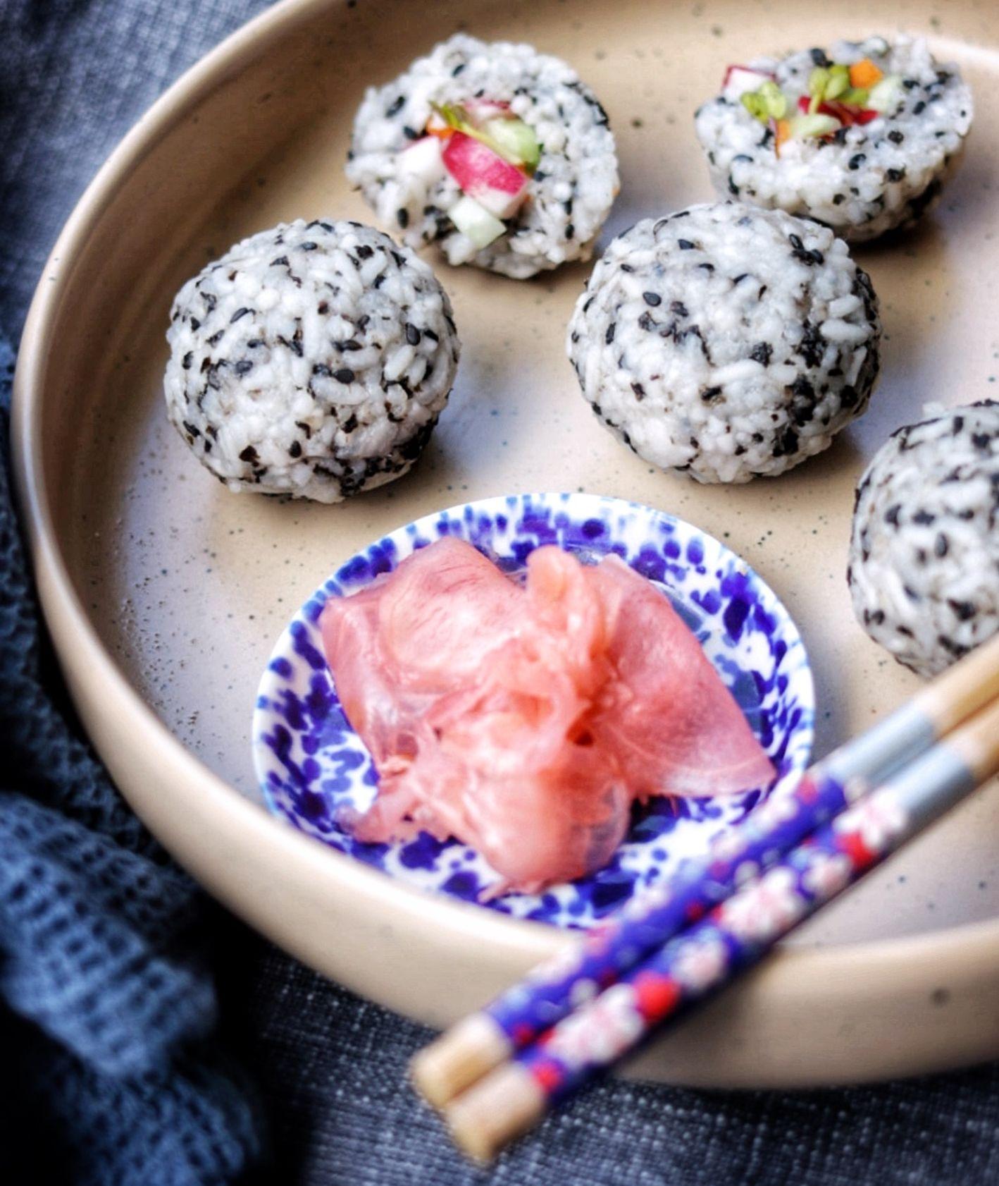 Przepis na sushi balls, jak zrobić sushi w domu, jak podawać sushi, Ania Dobra Kulka (fot. Ania Dobra Kulka)