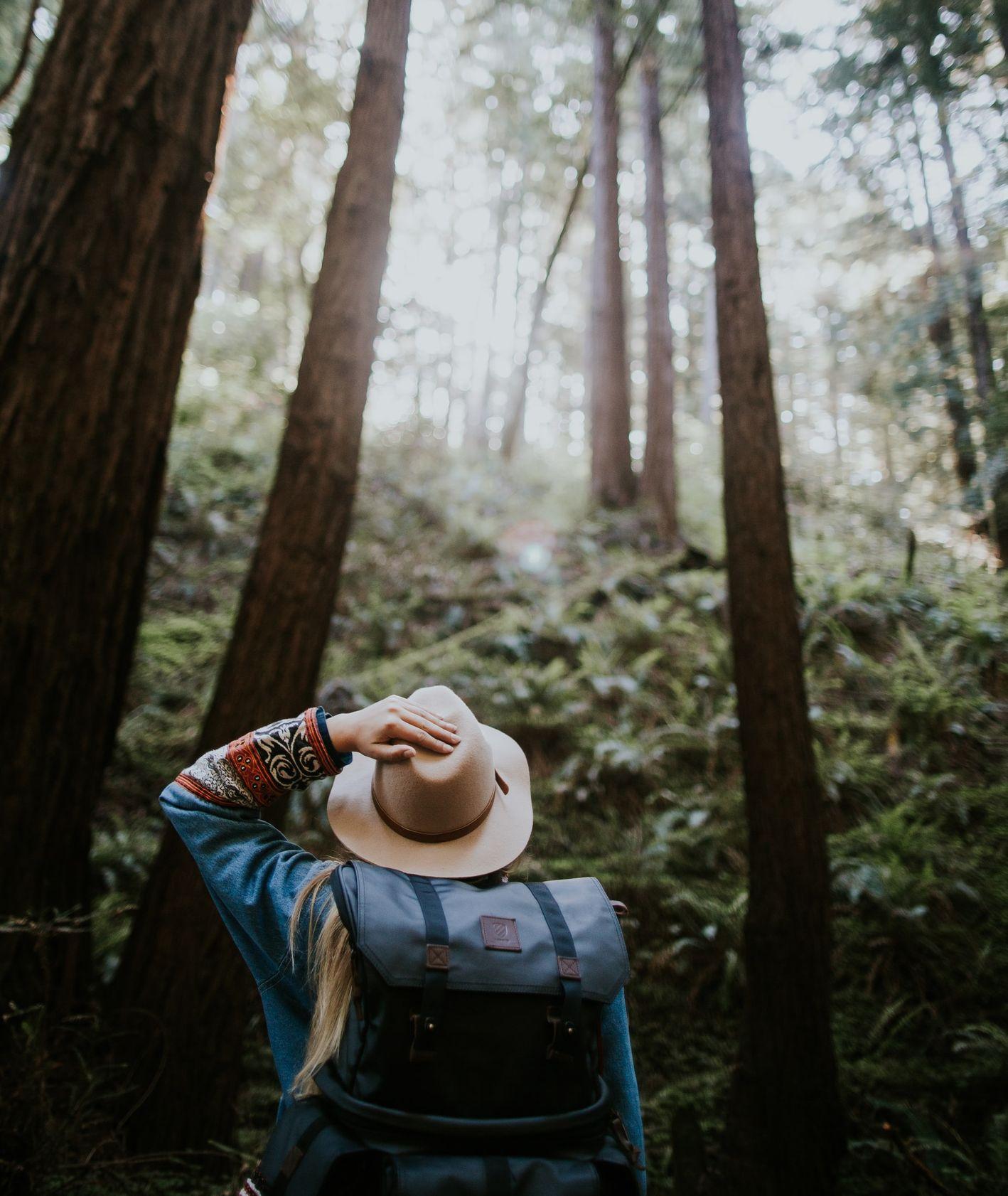 Odpoczynek na zewnątrz, plany na weekend, relaks, wydarzenia w mieście (fot. Ivana Cajina / unsplash.com)