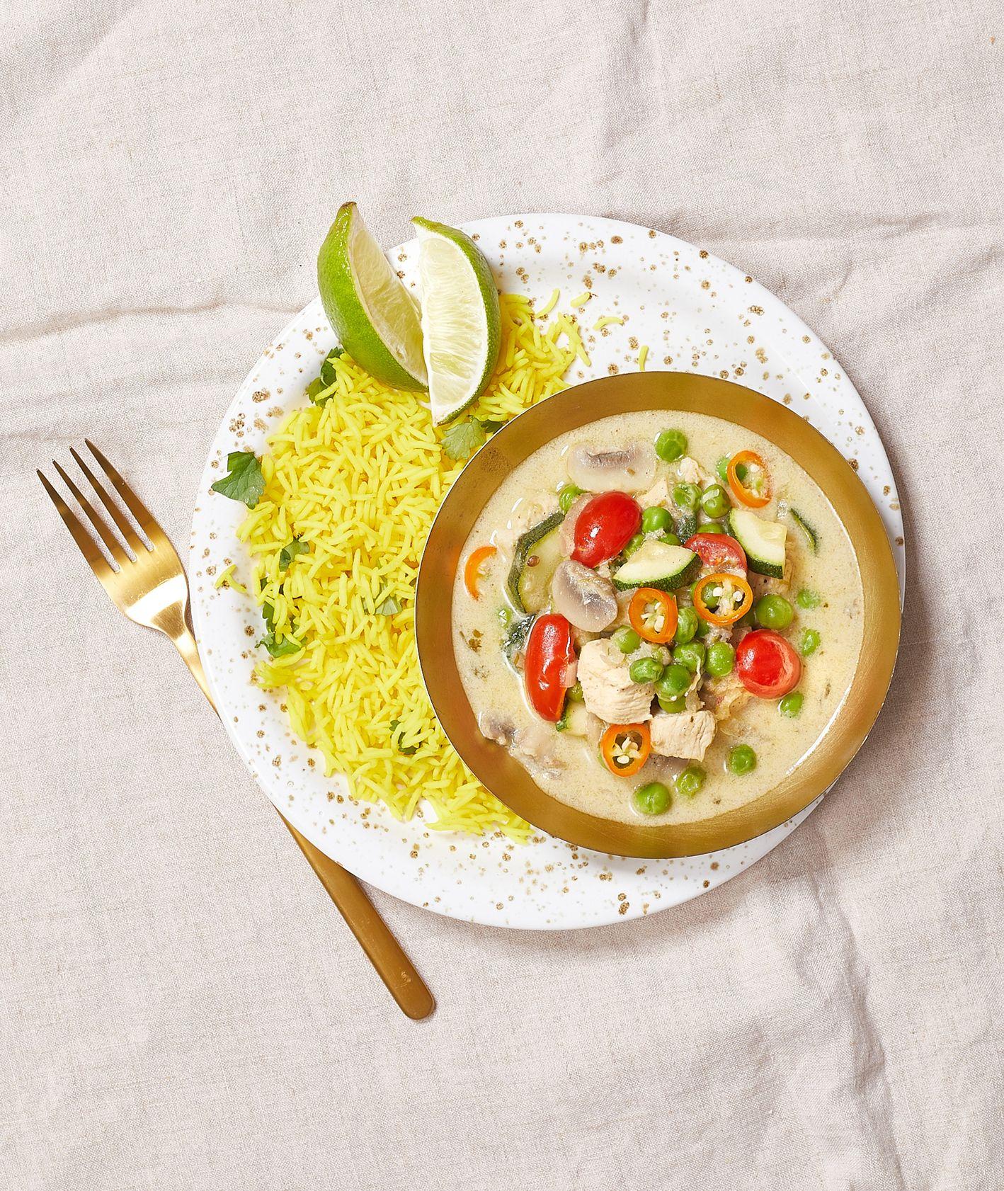 Jak zrobić zielone curry z cukinią i kurczakiem (fot. Maciek Niemojewski)