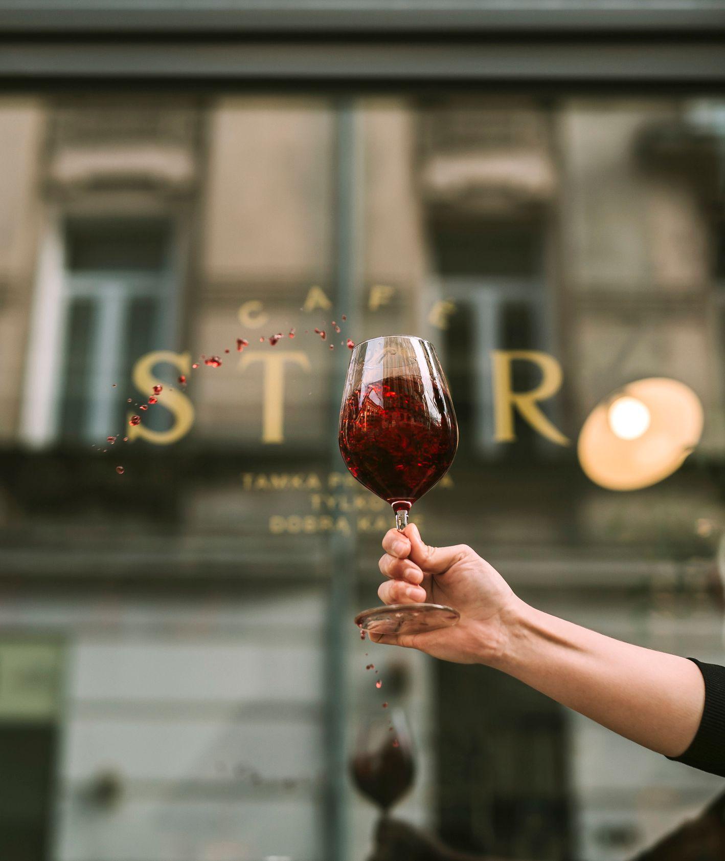 Kawiarnia Stor, gdzie na wino w Warszawie (fot. materiały prasowe)
