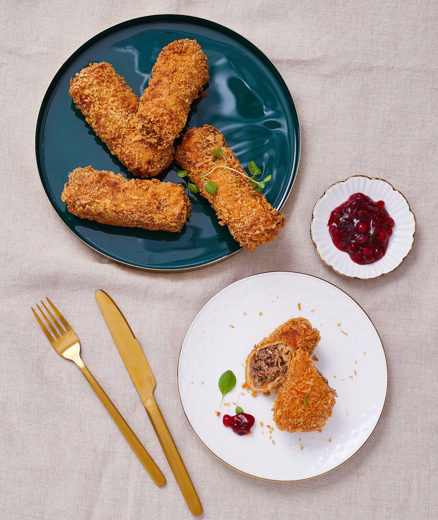 Krokiety faszerowane kaczką z sosem żyrawinowym. PRZEPIS. Farma Bii (fot. Maciek Niemojewski)
