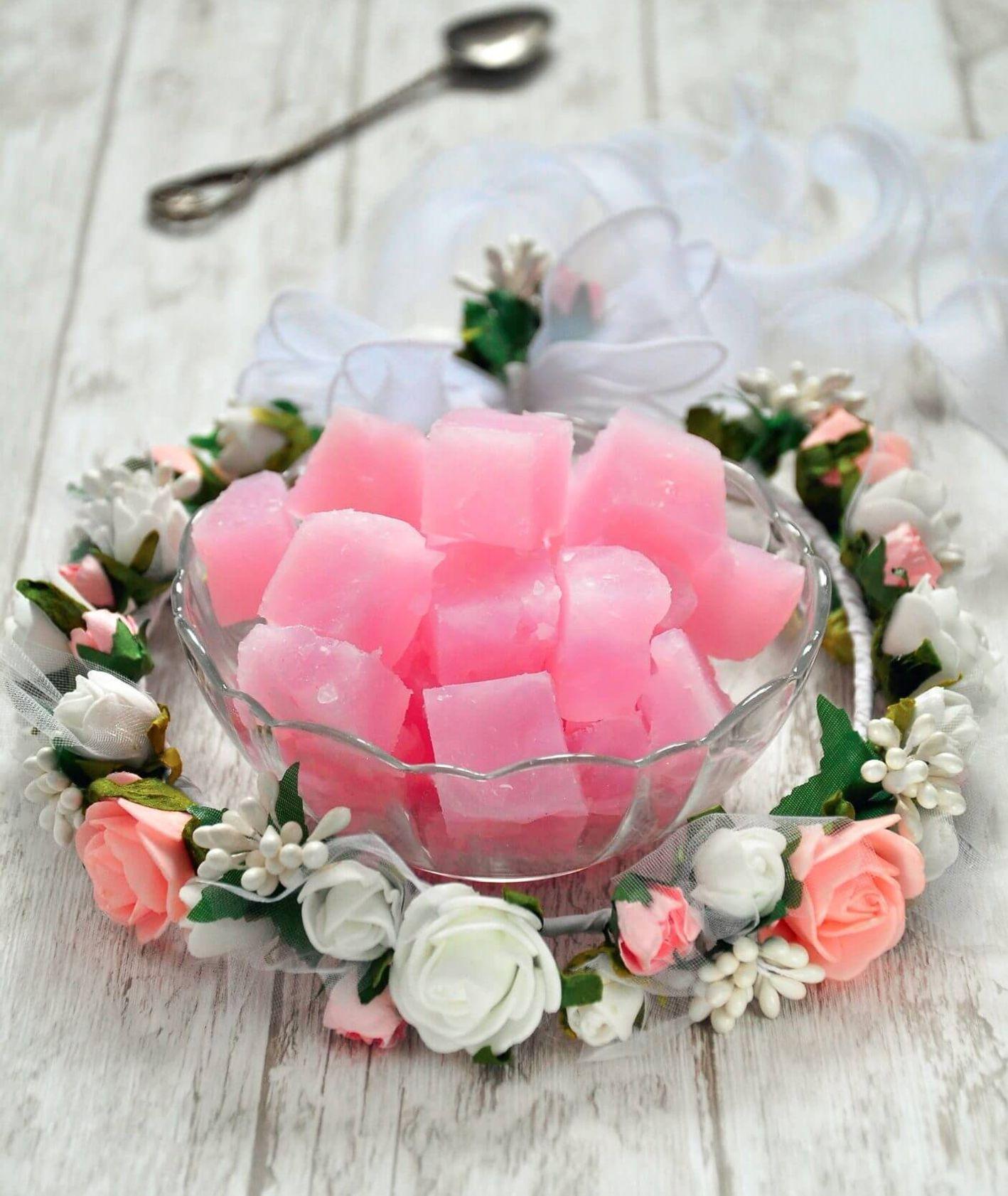 Różowe rachatłukum, czyli deser prosto z Turcji