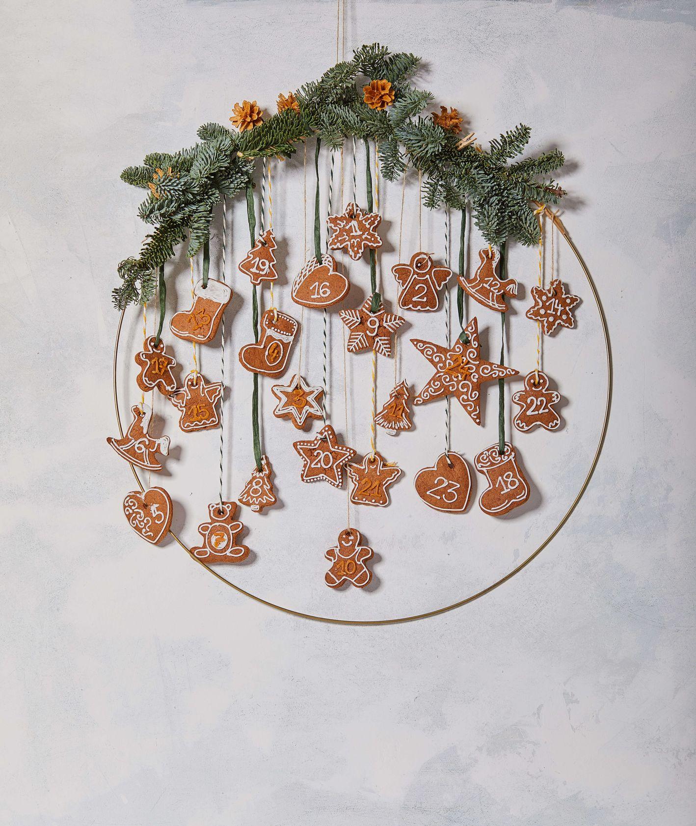 pomysły na kalendarze adwentowe DIY - jadalne pierniczki (fot. Maciek Niemojewski)
