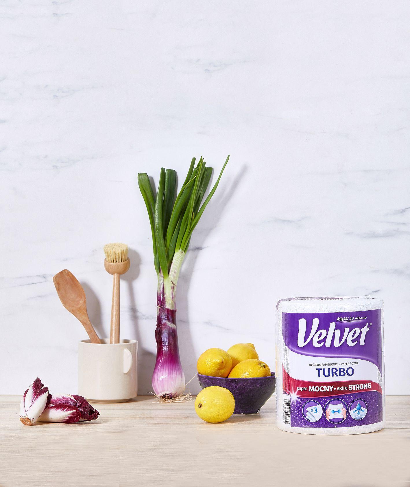 Batk kuchenny z cytrynami, cebulą, cykorią i opakowaniem papieru kuchennego Velvet