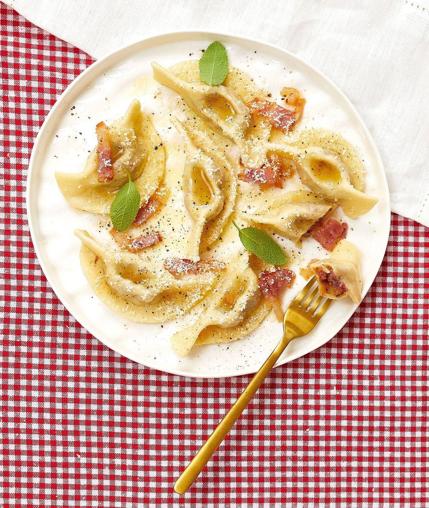Włoska kuchnia - sery. Casoncelli alla bergamasca (fot. Maciek Niemojewski)