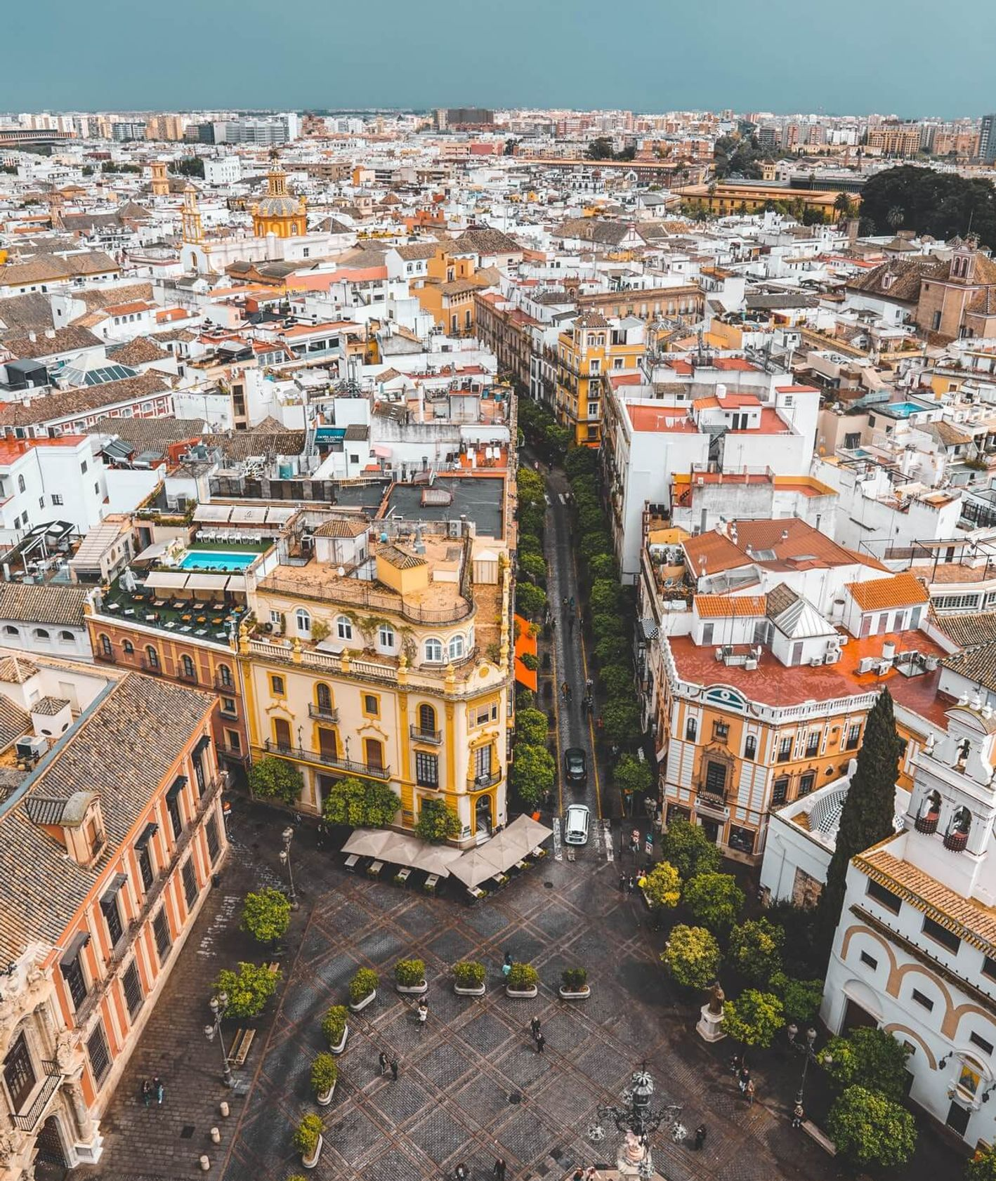 Panorama Madrytu (fot. Jack Gisel / unsplash.com)
