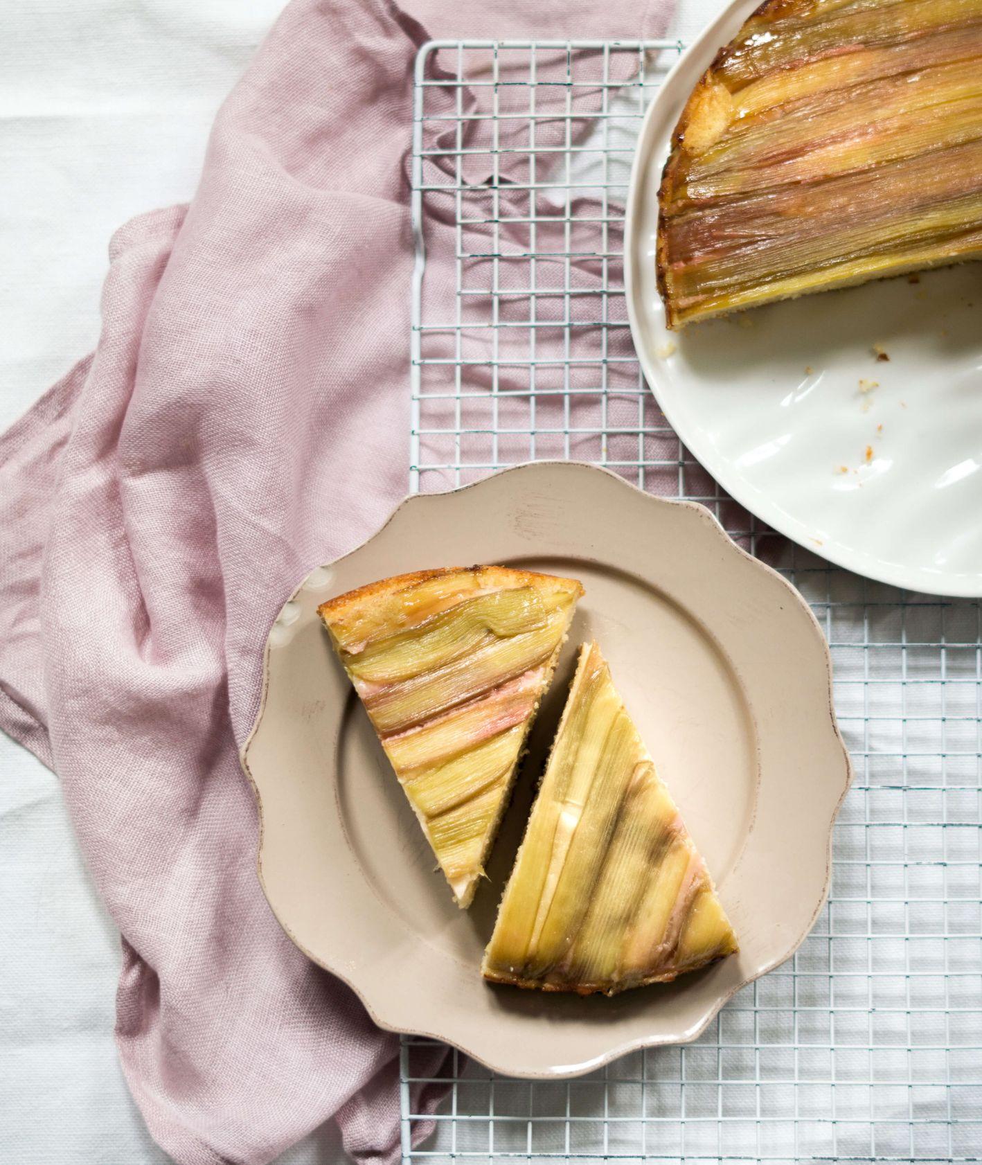 proste ciasto z rabarbarem, ciasto z rabarbarem, rabarbar, ciasto jogurtowe