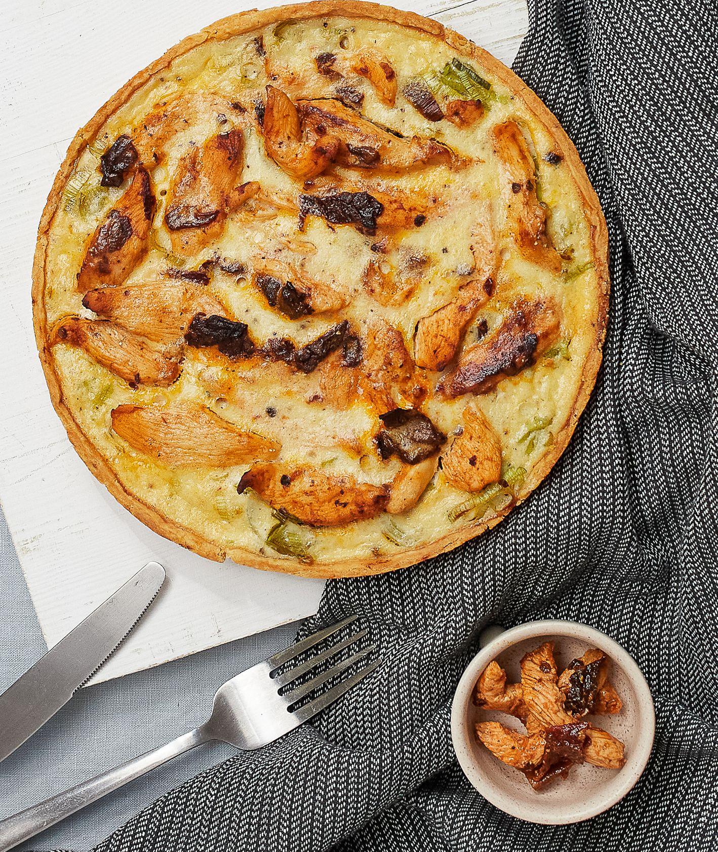 Tarta z porem, kurczakiem chipotle i mascarpone (fot. Paulina Czyżewska)