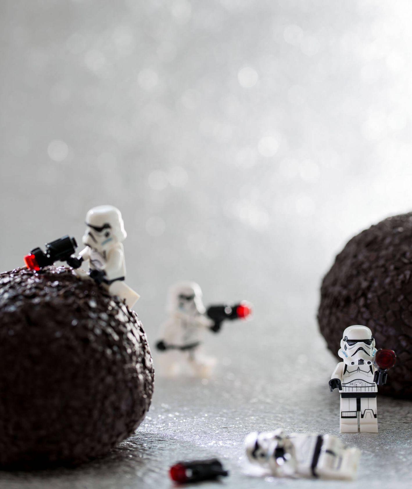 Postaci z Gwiezdnych Wojen wspinające się na trufle - o jedzeniowym aspekcie filmu (fot. Łukasz Smudziński)