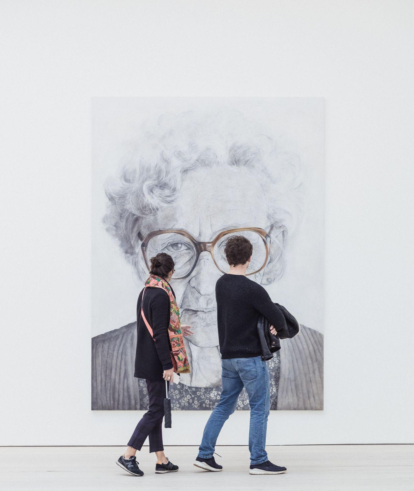 Zwiedzanie światowych muzeów i galerii sztuki online (fot. Ryan Stefan / unsplash.com)